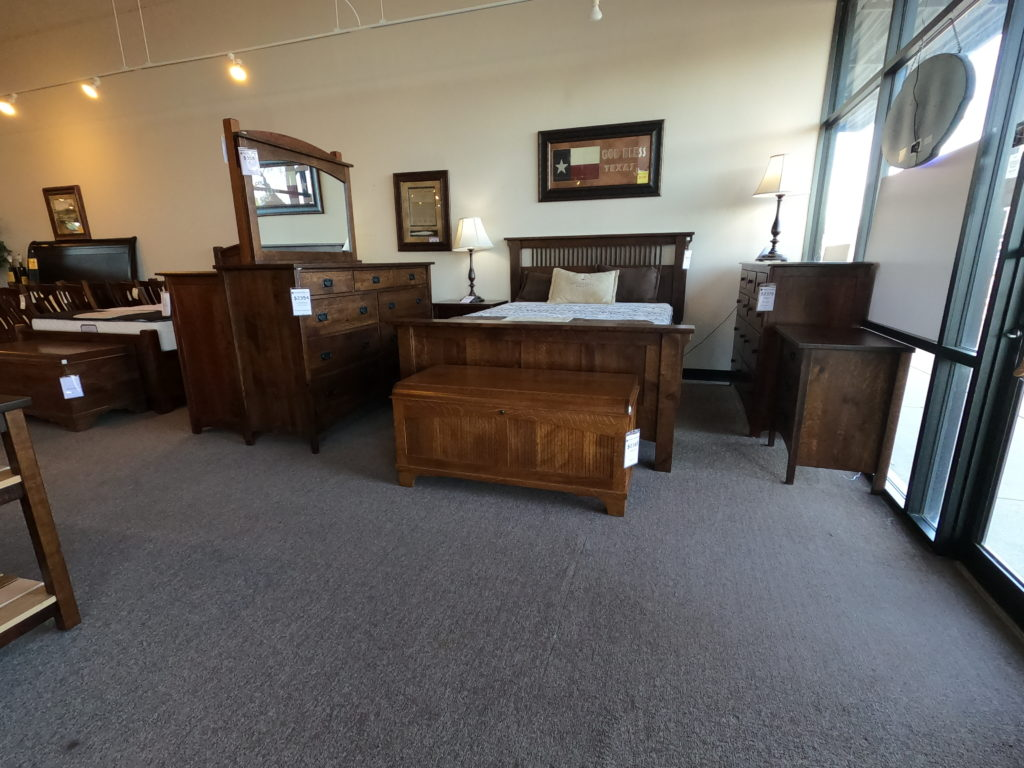 Apartment Size Amish Furniture That's Big on Style